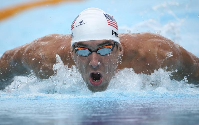 Phelps shows his comeback is on track at Pan Pacs