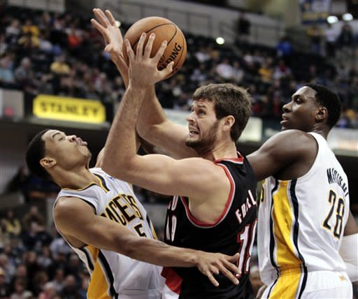 George scores 22 to lead Pacers over Blazers 99-92