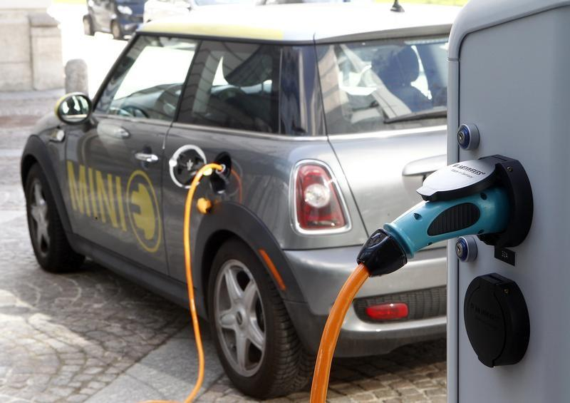 BMW May Build Electric MINI in Germany