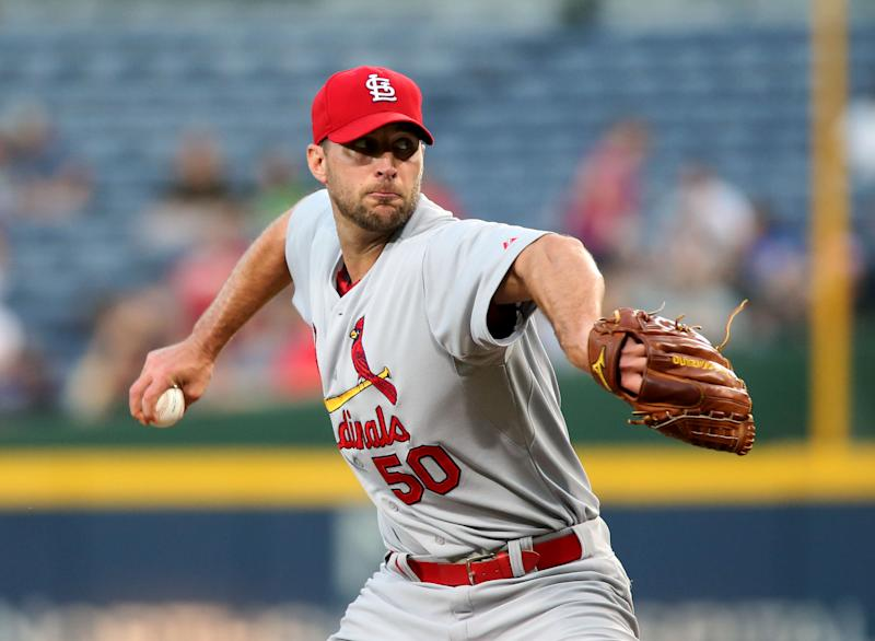Wainwright, Cardinals breeze past Braves 7-1