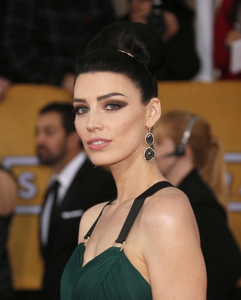 Jessica Pare arrives at the 19th Annual Screen Actors Guild Awards at the Shrine Auditorium in Los Angeles on Sunday Jan. 27, 2013. (Photo by Todd Williamson/Invision for The Hollywood Reporter/AP Images)
