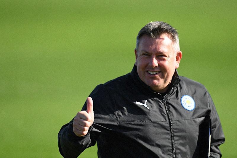 Leicester City manager Craig Shakespeare takes a training session
