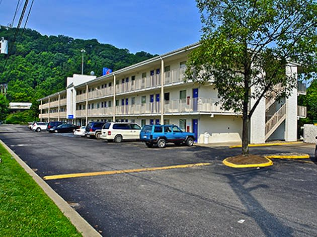 The Charleston Motel 6 were Martinsburg's boys basketball team was staying — Motel6.com