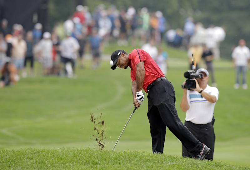 Watson wary of Woods' back injury for Ryder Cup