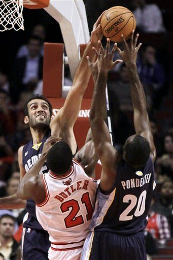Deng and Mohammed lead Bulls over Grizzlies
