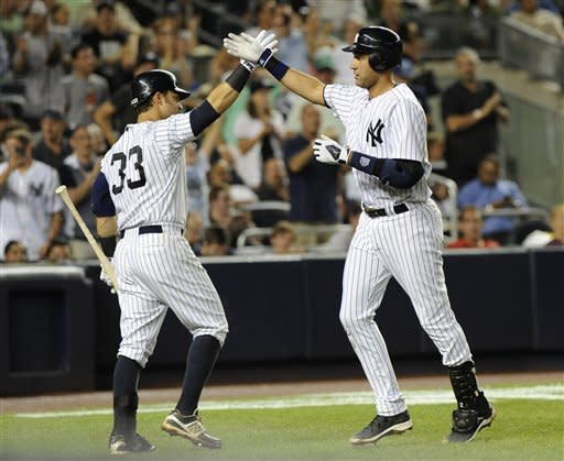 Jeter hits 250th HR to lead Yanks over Red Sox 6-4