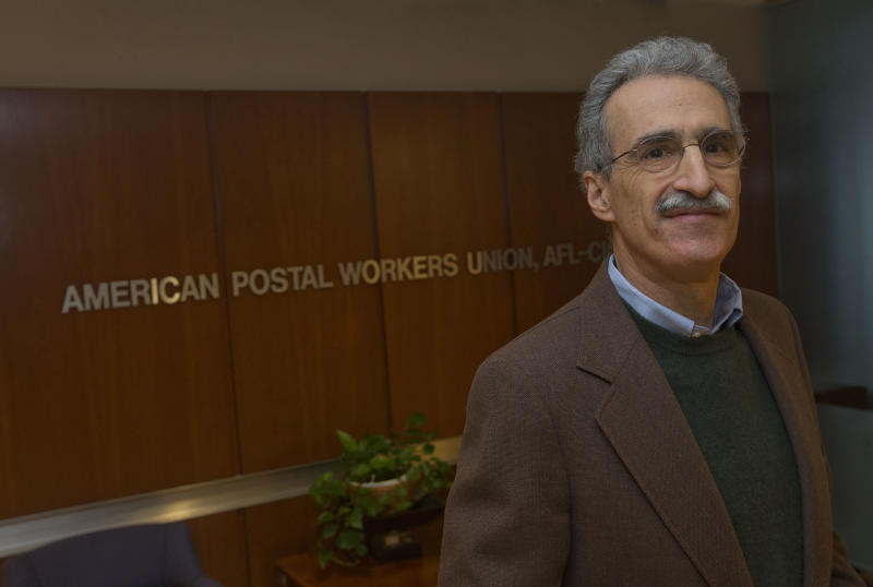 Unions angered by Postal Service's Staples outlets
