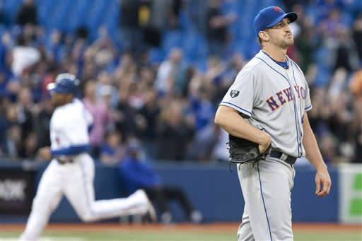 Blue Jays hit 5 HRs, rout Mets 14-5
