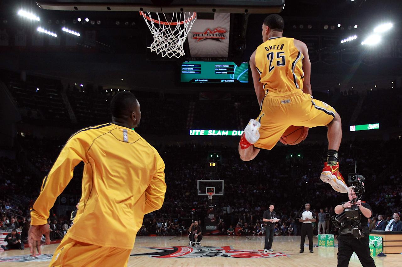 HOUSTON, TX - FEBRUARY 16: Gerald Green of the Indiana Pacers goes up for a dunk in the first round during the Sprite Slam Dunk Contest part of 2013 NBA All-Star Weekend at the Toyota Center on February 16, 2013 in Houston, Texas. NOTE TO USER: User expressly acknowledges and agrees that, by downloading and or using this photograph, User is consenting to the terms and conditions of the Getty Images License Agreement. (Photo by Ronald Martinez/Getty Images)