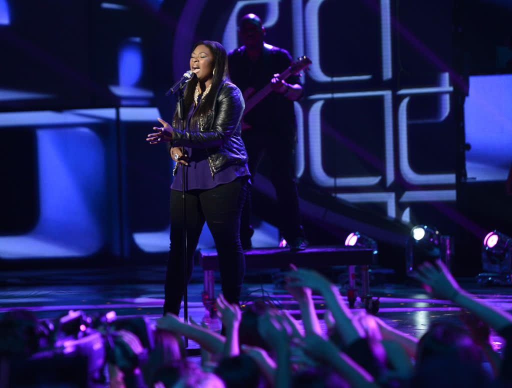 "Candice Glover performs ""When I Was Your Man"" on the Wednesday, May 1 episode of ""American Idol."""
