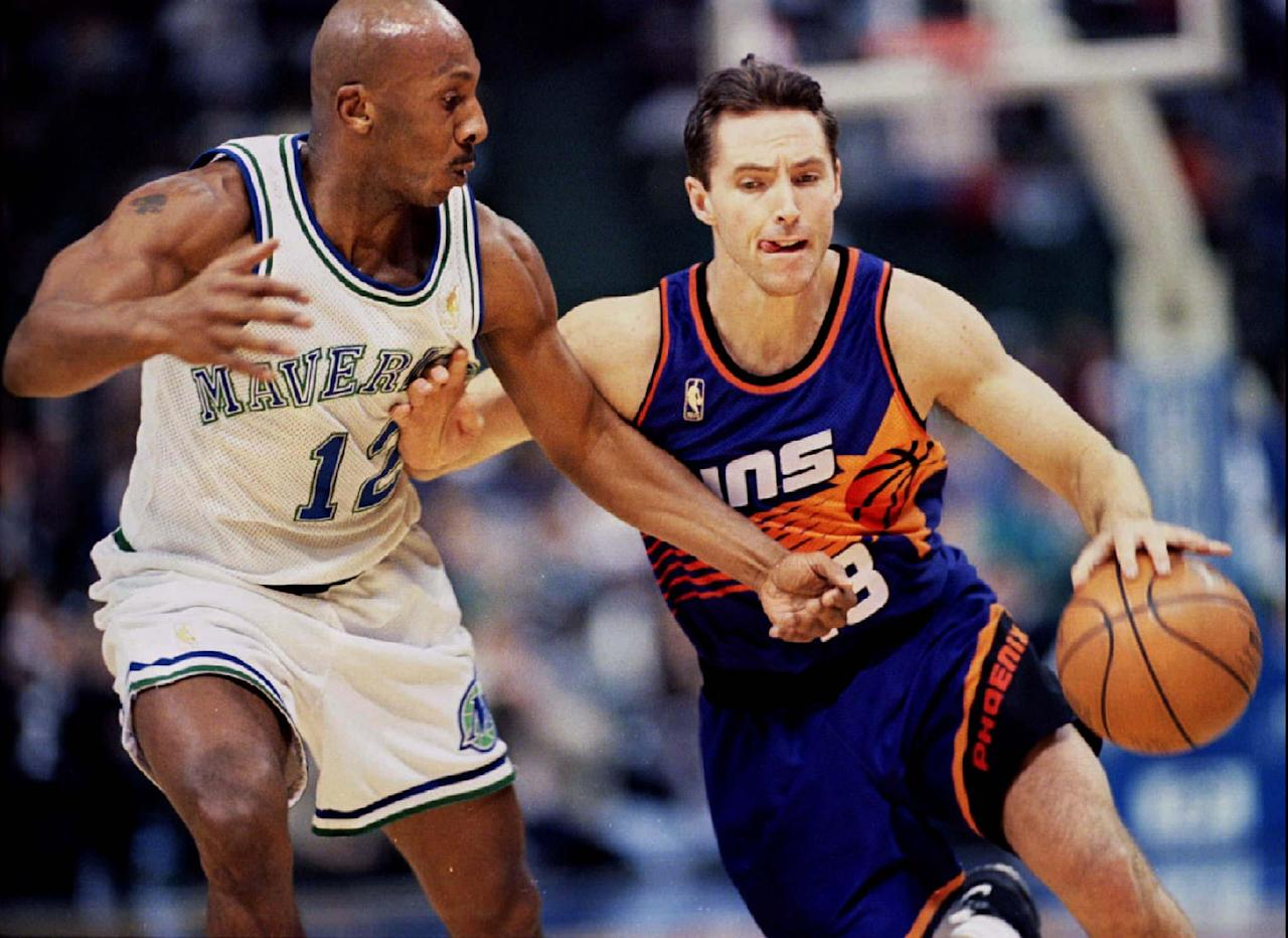 NBA SUNS NASH PUSHES PAST MAVERICKS HARPER. 1997 Reuters/ Images