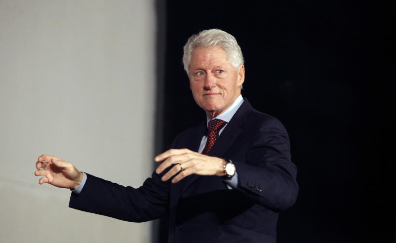 Clinton: Nigerian poverty fuels religious violence