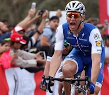Marcel Kittel bounces back from crash to win stage two atAbu Dhabi Tour as Mark Cavendish retains his lead