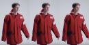 La solución más original para combatir el frío invernal: vestirse de bolsa de reparto de pizza