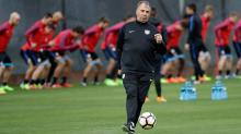 How will the USMNT line up vs. Honduras? Pressing questions for Bruce Arena