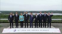 G7 leaders pose for group photo