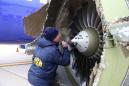 Muere una pasajera de un avión al ser succionada tras a la explosión de un motor en pleno vuelo