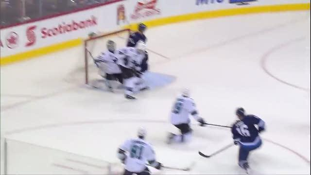 Andrew Ladd ties it with a late goal