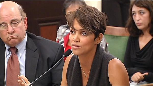 Halle Berry testifies in favor of anti-paparazzi bill