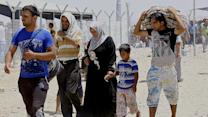Iraqis pouring out of Mosul