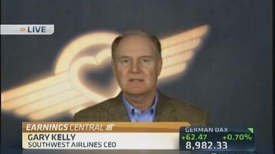 Consumers 'buying and flying' until shutdown: CEO