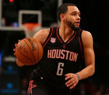 Sources: Lakers acquire Tyler Ennis from Rockets