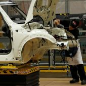 UK car output rises in June but industry warns on Brexit deal