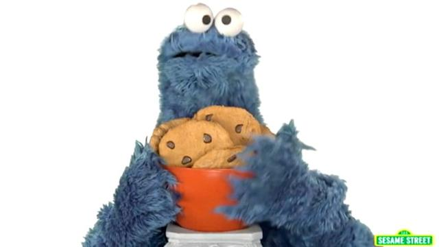 Cookie Monster Spoofs 'I Love It'