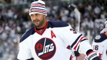 NHL leader in ice time? Dustin Byfuglien, of course