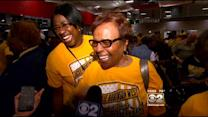 Hundreds Cheer JRW From Chicago