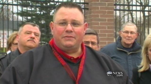 Ohio School Shooting: Coach Says, 'I'm Not a Hero'
