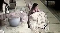 Wedding Dress Thief Tries On Dress, Walks Out of Bridal Store