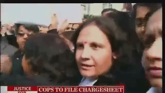 Delhi gangrape: Protests erupt outside Saket District court
