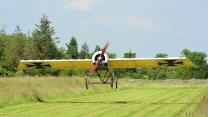 Pilot Builds His Own Replica WW1 Plane In His Garden