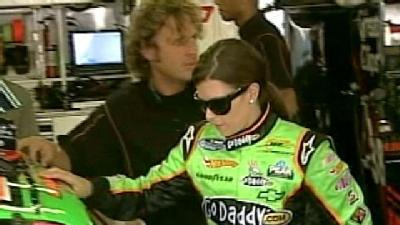 Fans Line Up To See Danica Patrick
