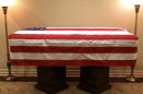 La foto viral por lo que hace el perro de George H.W. Bush en el último adiós al expresidente