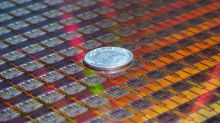 This Rumored Partnership Between Intel and Apple Won't Happen