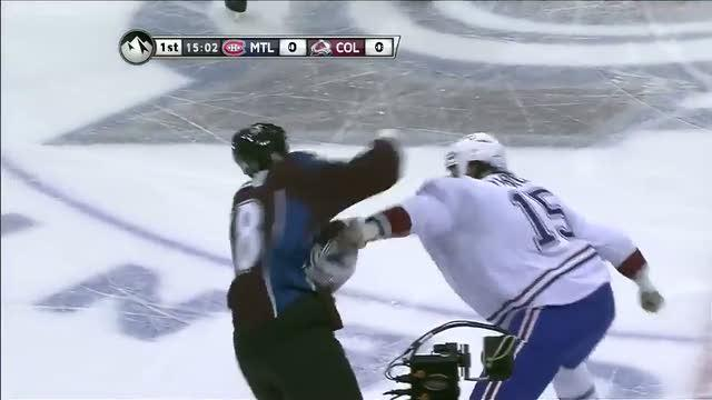George Parros and Patrick Bordeleau scrap