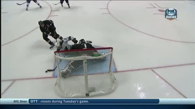 Jonas Hiller denies Coyle of breakaway chance