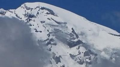 Park: Too Risky to Search for 6 Rainier Climbers