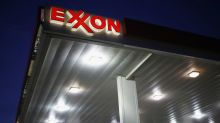 Exxon Investors Rally to Back Climate Change Plan Board Opposes
