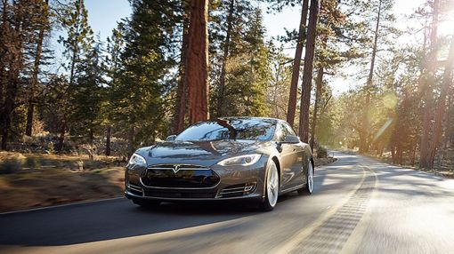 Cloud Over Tesla May Dissipate On NHTSA Chief's Upbeat Comments