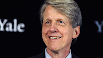 Shiller: CAPE ratio is hovering near a 'worrisome' level