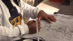 A Fan Got What He Deserved After Asking Marshawn Lynch To Sign His Patriots Shirt
