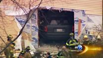 Vehicle strikes home in Carol Stream