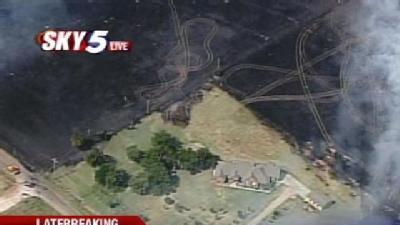 Grass Fire Threatens Homes Near Edmond