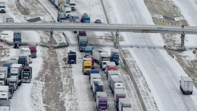 Deep Freeze Hits US, Causes Massive Pile-Ups