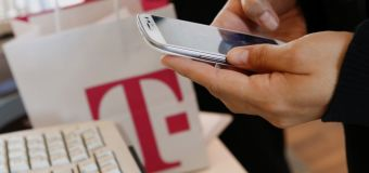 T-Mobile gets help from Trump allies in Sprint deal