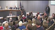 Hundreds pack Anderson City Hall to debate annexation, landfill