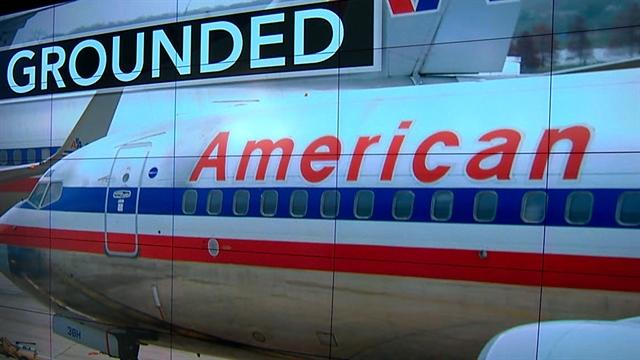 Sickouts force American to cancel hundreds of flights